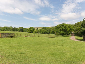 Baysdale Abbey & Barns - Holiday cottage near Kildale North York Moors area