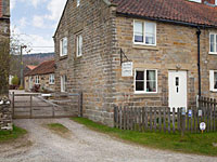Byre Cottage Hutton le Hole ( Ref UK2165 ) Holiday home at Moorland Cottages