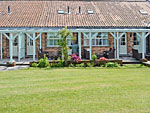 Holiday cottages near Scalby North Yorkshire - Jasmine Cottage ( Ref E1493 ) Self catering at Barmoor Farm