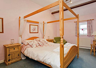 Bedroom at Maple Cottage ( Ref LP1150 ) Self Catering Accommodation near Brimham Rocks - Holiday Cottages in North Yorkshire