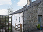 Holiday cottage in Low Bentham near Ingleton North Yorkshire - Crow Tree Cottage has one bedroom and sleeps two people