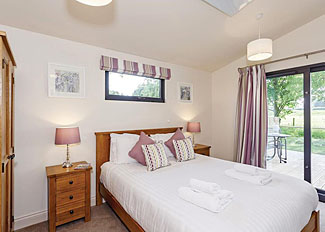 Double bedroom at Daleside Lodge - Holiday Lodge in West Tanfield - Cedar Retreats Holiday Lodges near Masham