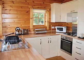 Home Farm Lodges Stillingfleet near York - Typical kitchen area in Beech Lodge