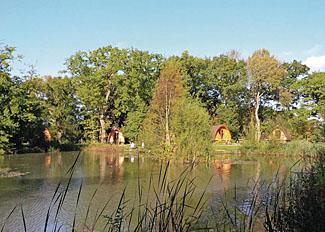 Lakeside position of Paradise Pods at Paradise Lakeside Holiday Lodges near York