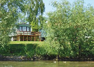 Setting at Weir Holiday Park Stamford Bridge near York