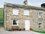 Holiday cottage near Gunnerside - Dyke Heads Stable Gunnerside ( Ref W4566 ) sleeps 2 guests - Holiday cottage in Swaledale Yorkshire Dales