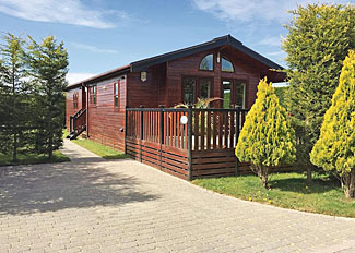 Chestnut Lodge setting ( Ref LP2902 ) at Hollybrook Lodges Easingwold - Self catering lodge accommodation near York