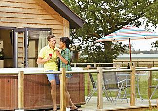 Acorn Lodge ( Ref LP3906 ) at Oakwood Lodges near York - Decking area and hot tub