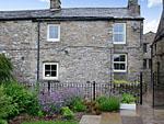 Holiday cottages in Newbiggin near Askrigg North Yorkshire - Pound Cottage ( Ref UK2322 ) sleeps 4 - Wensleydale area accommodation