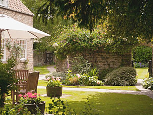 Photo of tranquil garden at Hungate Cottages in Pickering North Yorkshire