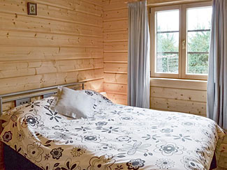 Chloe's Lodge double bedroom ( Ref UK2210 ) Cropton holiday accommodation at Sycamore Farm near Pickering