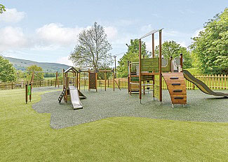 Holiday Lodges near Aysgarth - Photo of Childrens outdoor play area - Aysgarth Lodges Yorkshire Dales